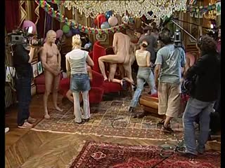 Съемки французской группоаухи.cfnm, public sex, voyeur, backstage porn