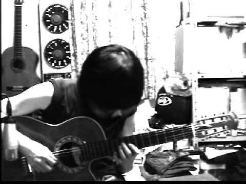 Mai HiME Ensei 媛星 on guitar