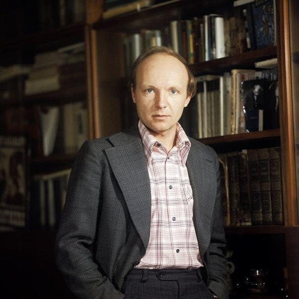 Андрей Мягков  Напишите в комментариях ваши любимые цитаты его героев, которых он сыграл