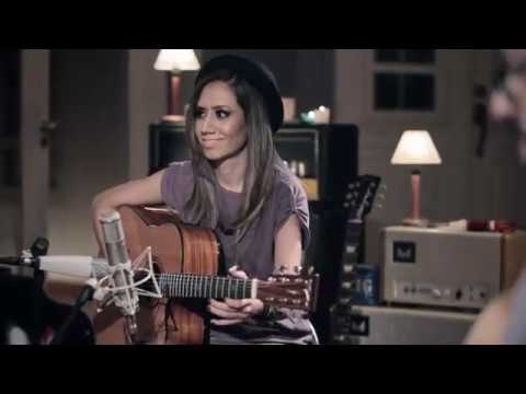 WALKING BY FAITH [Acoustic] - Lari Basilio - DVD The Sound Of My Room (2015)