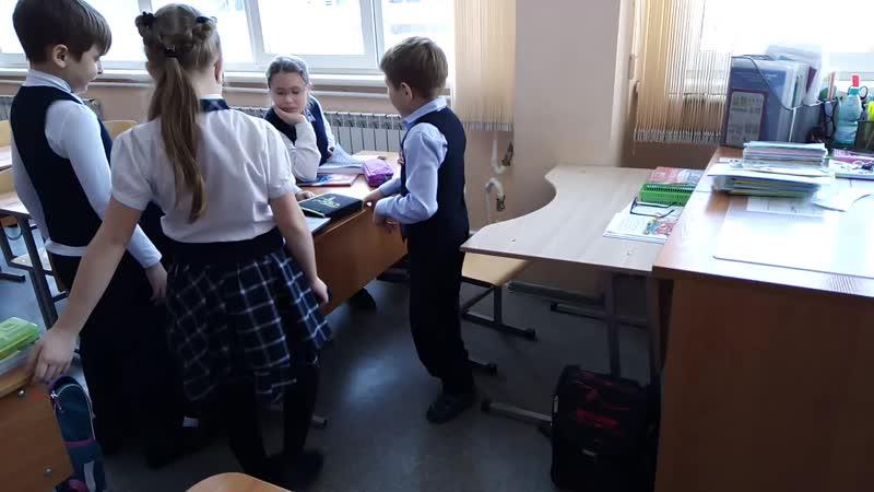 🙌Егорка в школе на переменке
