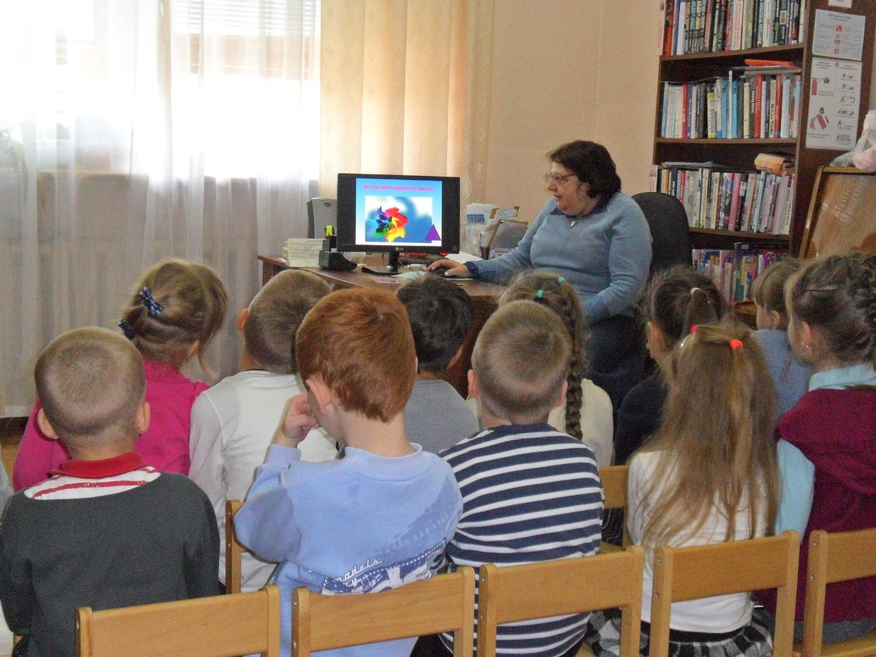 донецкая республиканская библиотека для детей, отдел искусств, с библиотекой интересно, кружок эстетического развития малышей, живопись, художник