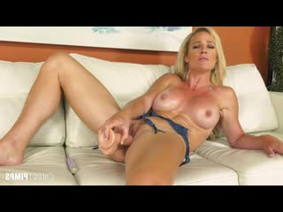 Sydney hail gorgeous milf sydney hail getting naughty live! [solo, posing, big tits, blonde, fake tits, high heels, lingerie,