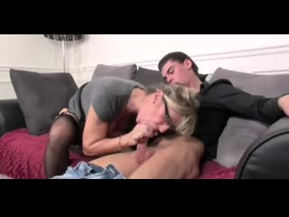 French MILF Marina Beaulieu, mother old-young, family therapy, mom, ferro network
