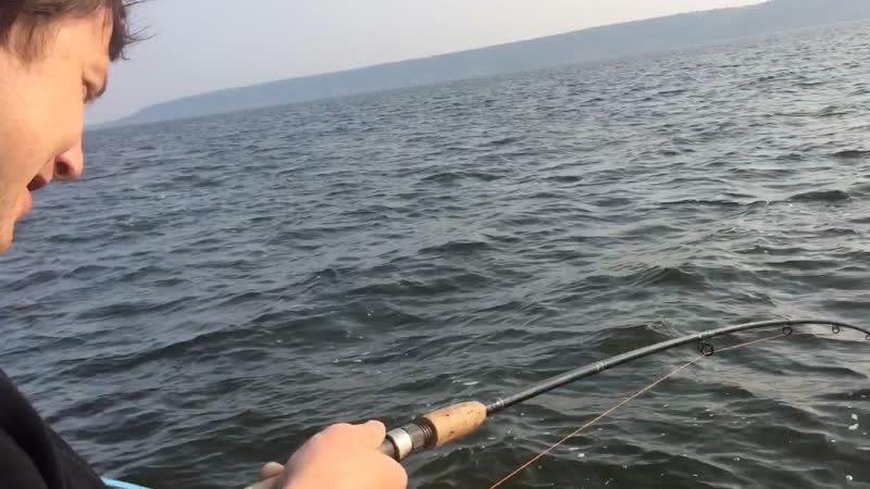 Субботняя рыбалка была короткой, но от души. Решили немного поснимать.