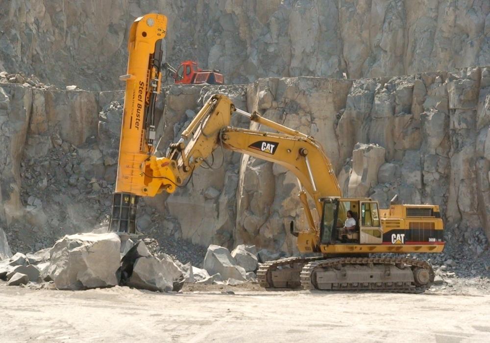 Молоты Фрактум для работы на горнодобывающих объектах