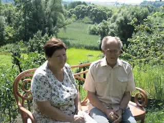 Забава Аркадий Фёдорович и Забава Валентина Михайловна поздравляют с 45-летним юбилеем школы.
