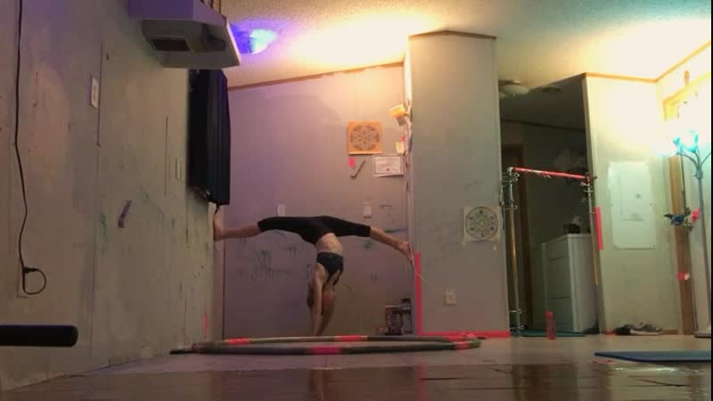 Hand stand oversplit shorter version