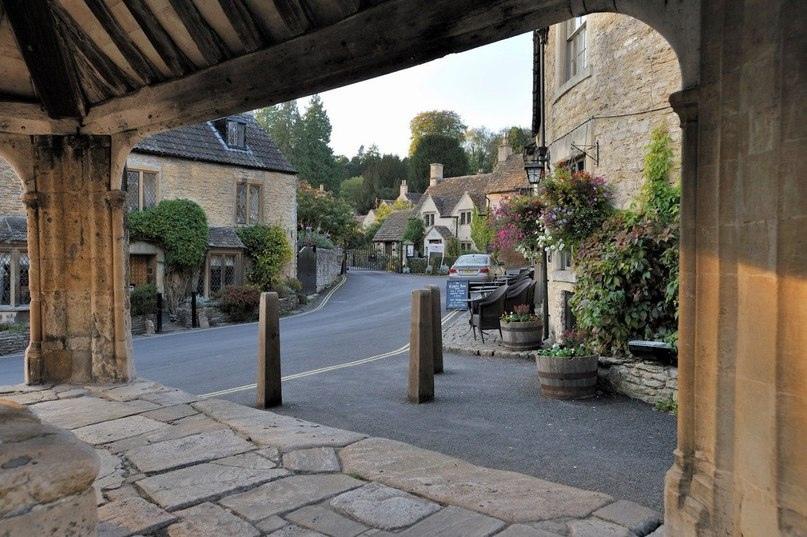 Касл Ком - самая красивая деревня в Англии!, изображение №3