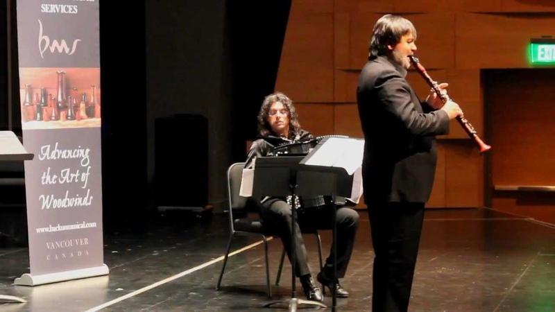 Corrado Giuffredi Performs Gershwin's An American in Paris Backun Live