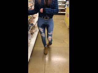 HotJeans-Piss-in-store.mp4