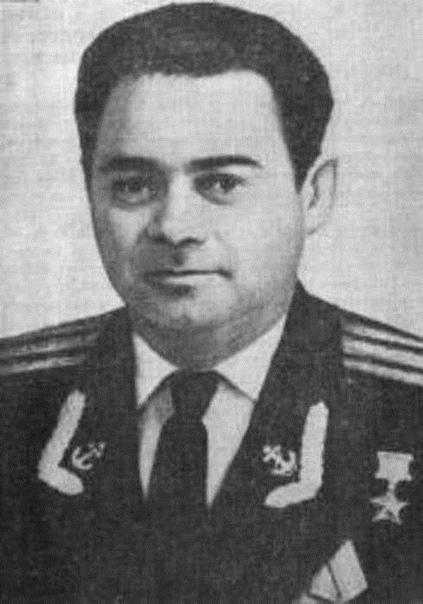Капитан 2 ранга Ю.А. Сысоев