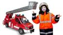 Видео для детей про игры в машинки. Робокары и Пожарная машина. Рабочие машинки игрушки тушат пожар!