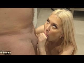 Oldje / ClassMedia Roxy Risingstar - I Like It Strong blowjob, close-up, cum-swallow, cunnilingus