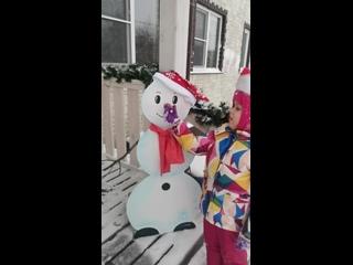 Участник №37 Семья Афанасьевых, «Наш Снеговик»