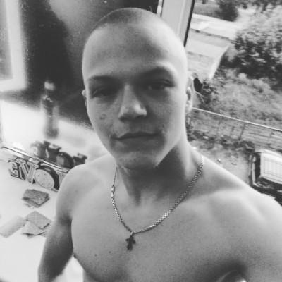Daniil, 19, Velikiye Luki