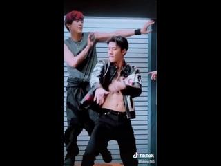 chanyeol and sehun   exo