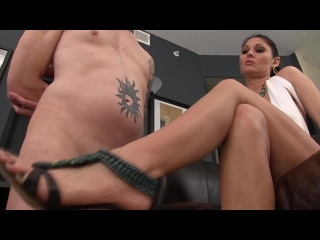 BDSM,barefoot Princess,Obey Melanie