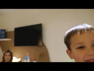 Федорук Влогс - Макс и Катя сами снимают свой ВЛОГ Альпы __ FedorUK Vlogs Новые