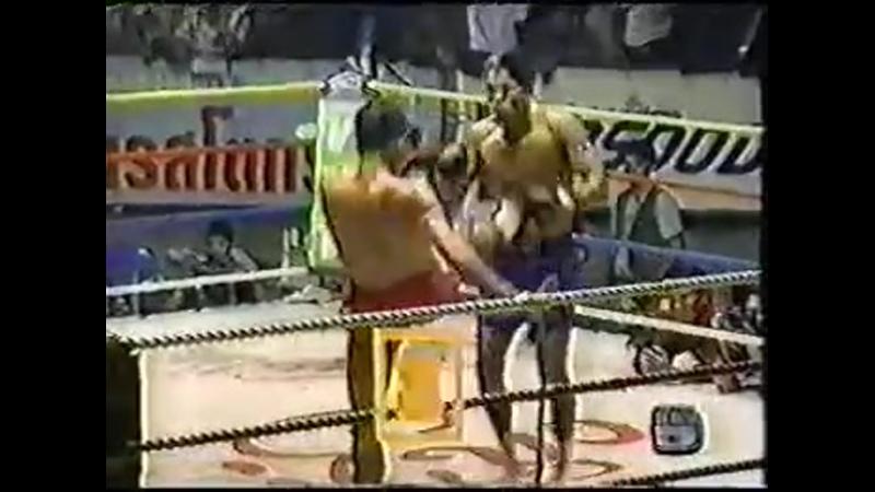 Jongsanan Fairtex vs Sakmongkol Sitchuchoke Muay Thai from Rajadamnern