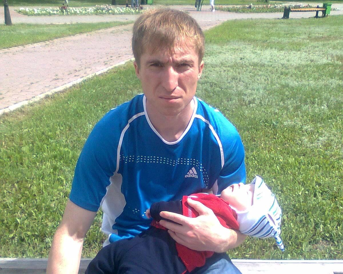 Максим, 25, Almaty