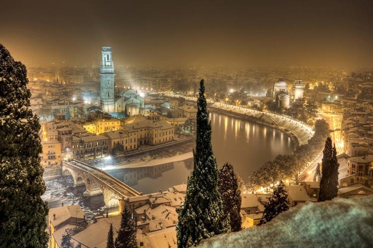 iYX1vNuSz04 - Челябинск  - не Франция, Крым – не Италия
