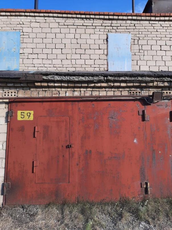 Купить двух этажный гараж за   Объявления Орска и Новотроицка №26122
