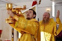 Богослужение в Богоявленском храме села Крутогорье