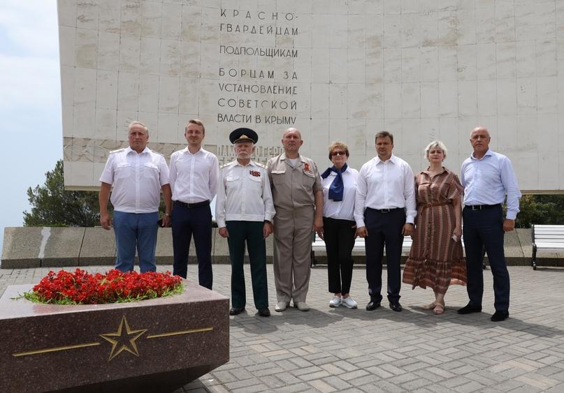 День памяти и скорби: памятные мероприятия прошли во всех регионах присутствия кинокомпании «Союз Маринс Групп», изображение №2