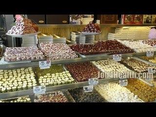 Восточные турецкие сладости в Стамбуле - шахер и рахат лукум, пахлава, халва, пишмание, кадаиф