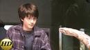 Гарри говорит со змеей. Гарри Поттер и философский камень.