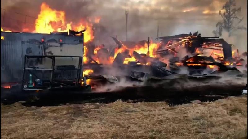 Сгорела школа в посёлке Большое Голоустное на Байкале