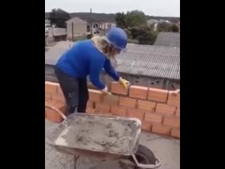 Жена на работе - хорошо работает) -