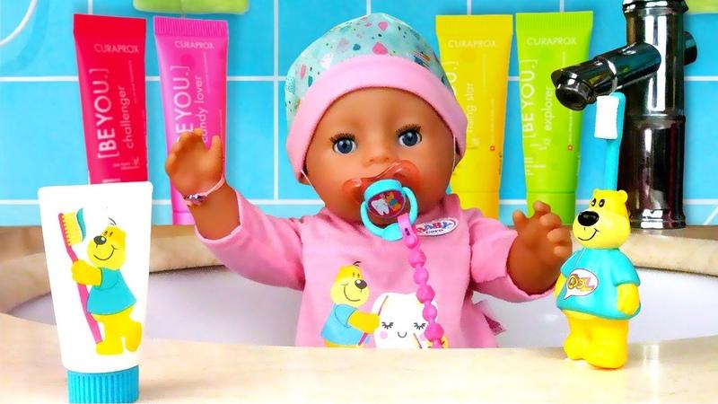 Кукла БЕБИ БОН купается и чистит зубки Мультики для детей на английском языке