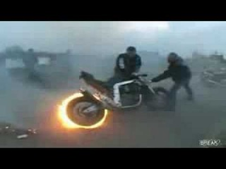 AWESOME MOTORCYCLE BURNOUT