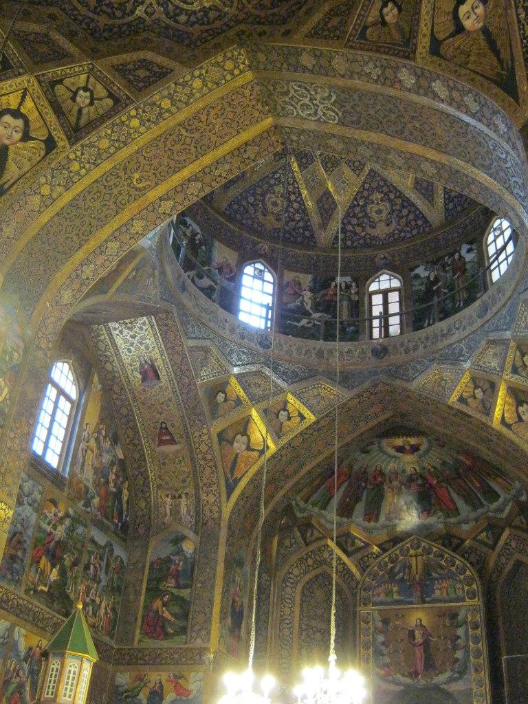 главная армянская церковь в Исфахане