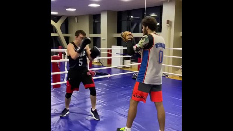 Кирилл Хомутов и Эдуард Сайк