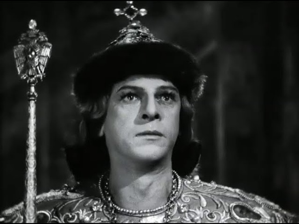 Два Рима пали а третий Москва стоит и четвёртому Риму не быть Иван Грозный